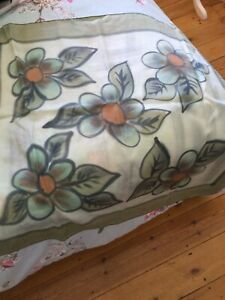France Keridec Paris Ladies 100% Silk Scarf Colour Green Floral