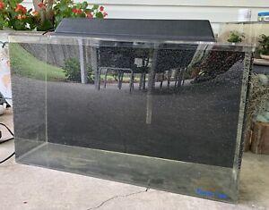 Clarity Plus 29 Gallon Acrylic Seamless Aquarium Fish Tank