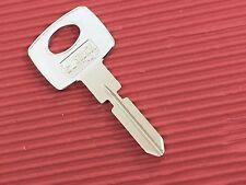 MERCEDES BENZ 4 Track High Security Key Blank, Keyblank-Free Post In Australia.