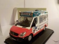 MERCEDES, WHITBY MONDIAL, ICE CREAM VAN, VINCE'S ICES 1/43 Oxford Diecast Model