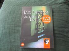 """LIVRE AUDIO """"UN PETIT BOULOT - IAIN LEVISON"""" lu par Olivier CUVELLIER (1 CD)"""