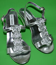 CUTE STEVE MADDEN SILVER PATENT GENUINE LEATHER SHOES SIZE 7.5 M
