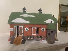 Dept 56 New England Village Pennsylvania Dutch Barn w/ box Very nice condition