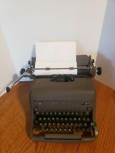 Vintage Royal Magic 1950's Typewriter