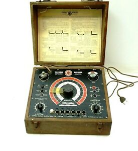 1930's CORNELL DUBILIER Capacitor Analyzer Model BF in Wooden Case - POWERS UP