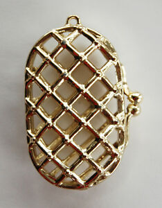 VINTAGE CAGE PURSE SMALL TINY GOLD WOVEN METAL CLUTCH LIPSTICK • PENDANT