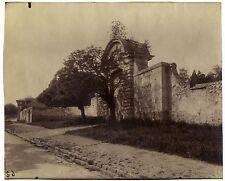 Eugene ATGET:  Meudon, Ruines – Ancien Chateau de Meudon, 1902 / Vintage ALBUMEN