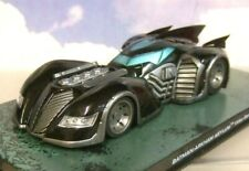 BATMAN AUTOMOBILIA 1/43 DIECAST 2009 ARKHAM ASYLUM VIDEO GAME BATMOBILE/MAGAZINE