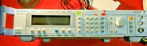 ROHDE & SCHWARZ 1090.3000.11 SML01 Signal Generator (9kHz to 1.1GHz)
