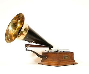 1902 Victor P Phonograph * Pre-Dog * Berliner Era * Early Round Edge Cabinet