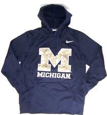 29165e29c905 Michigan Wolverines Nike Men s Therma Hooded Sweatshirt NWT Size Medium  70  Ret