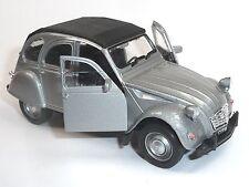 Citroen 2CV Ente Modellauto 1:34  WELLY Metall Spritzguss ca. 12cm silber/geschl