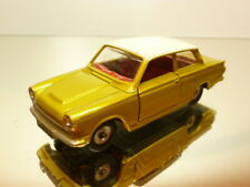 DINKY TOYS 139 FORD CORTINA - GOLD METALLIC 1:43 - VERY GOOD CONDITION