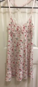 NEW Marilyn Monroe Intimates Pink & Gray Floral Chemise Nightgown Nightie Size S