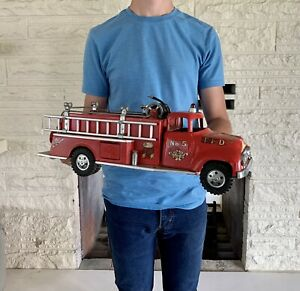 Vintage 1950s TONKA No.5 Ford Pressed Steel Fire Truck with Hydrant NICE!