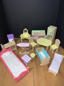 Lot Kid Craft Kraft Wooden Dollhouse Furniture Baby, Closet And Kitchen & More!!