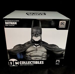 BATMAN BLACK & WHITE STATUE- MARC SILVESTRI-1st EDITION- DC