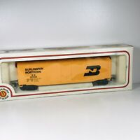 Vintage HO Bachmann Burlington Northern 50' Box Car BN # 26534