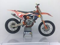 Gift boxed Ryan Dungey Red bull KTM SXF 450 No1 2017 diecast model bike toy gift