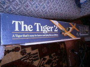 CARL GOLDBERG TIGER 2 R/C AIRPLANE KIT