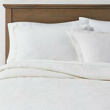 White Matelasse Medallion Comforter Set (King) - Threshold
