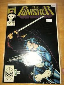 The Punisher 9  - Comic Book- B20-161