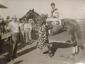 Original 1935 Horse Racing Photo Top Row After Winning Narragansett Special