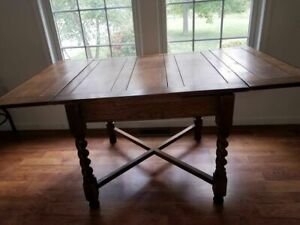 English Antique Oak Barley Twist Draw Leaf Kitchen Table