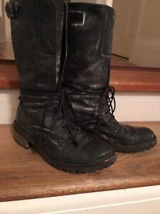Lama Peach Black Scuff Looking Boots  Size 39