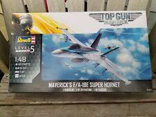 Revell Reve03864 Maverick/'s F//A-18E Super Hornet Top Gun 1//48