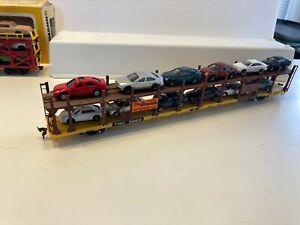 Accurail HO Rio Grande Auto Rack with cars & Bachmann Tri Level in box