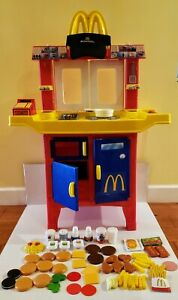 HTF VINTAGE MCDONALDS DRIVE-THRU PLAYSET, FOOD ACCESSORIES, SOUNDS, HAT - TESTED