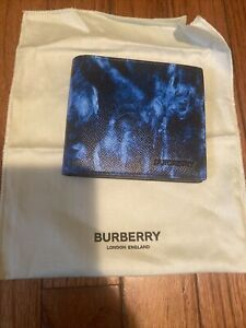 Authentic Burberry Grainy Leather Bifold Men's Wallet Ripple Print Blue NWT $420