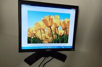 "Dell P170S LCD Monitor 17"" BLACK 4-Port USB Hub DVI VGA VMPX3 YVG53 TJKG1 D2TM2"
