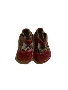 Hide & Squeak 4/20 Red And Cheetah Print Squeaking Shoes