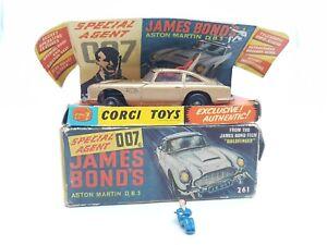 Gold Silver James Bond Electronic Aston Martin x 2 Mechanised 1:43  NEW