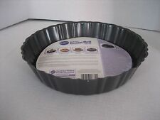Wilton All Occasion Dessert Shell Bake Round Cake Pan 10 in.R x 2 1/3in.D NWWT