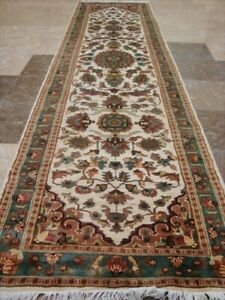 Awesome Ivory Floral Hand Knotted Medallion Soft Runner Hallway (9.8 x 2.6)'