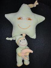 doudou peluche musical grenouille verte avec lune accroché étoile GIPSY 29cm 3X