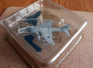 BAe HARRIER II SCALE MODEL WITH STAND - IN SEALED PACK