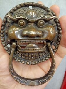 Antiques Fengshui Brass lion Expel the evil magical beast Statue Door knocker