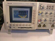 Tektronix TDS3032B 2 CH Digital Phosphor Oscilloscope 300MHz, 2.5GS/s
