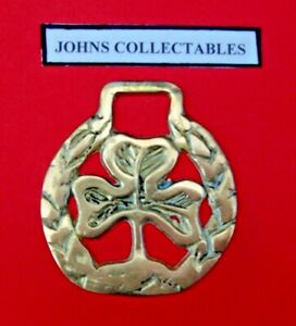 COLLECTABLE CLOVER OR SHAMROCK HORSE BRASS LOTXY