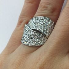Right Hand Ring in 14k Gold E-F 2.25 Ct Round Brilliant Cut Diamond Crossover