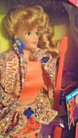 New 1989 Barbie and the Beat  Midge  Doll Glow in the Dark Outfit