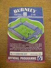 18/02/1964 Burnley V Leicester City (Pliegue débil, sub señaló en el interior). gracias Fo