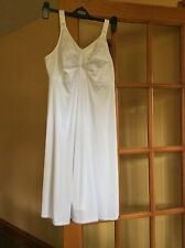 M&S Size 36C TOTAL SUPPORT NON WIRED FULL  CUP SLIP in White BNWT