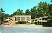 1950s Natural Bridge Virginia Motor Lodge Motel Quality Court Postcard DV