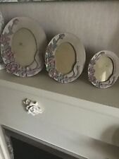 BEAUTIFUL SET OF 3 OVAL ORNATE RESIN OVAL FRAMES WITH FLORAL DESIGN