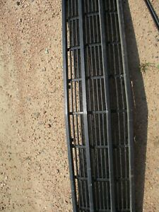 1986-1991 JEEP GRAND WAGONEER GRILLE